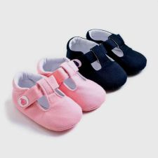 best toddler shoes for narrow feet