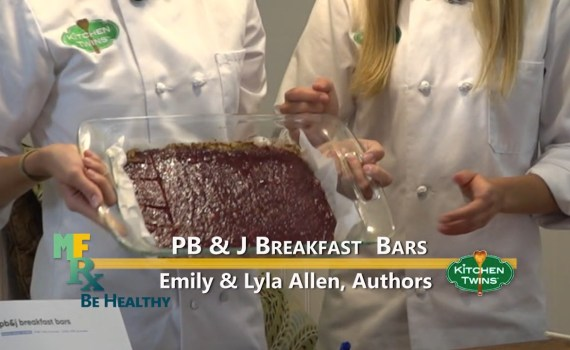 Peanut butter & Jelly breakfast bars