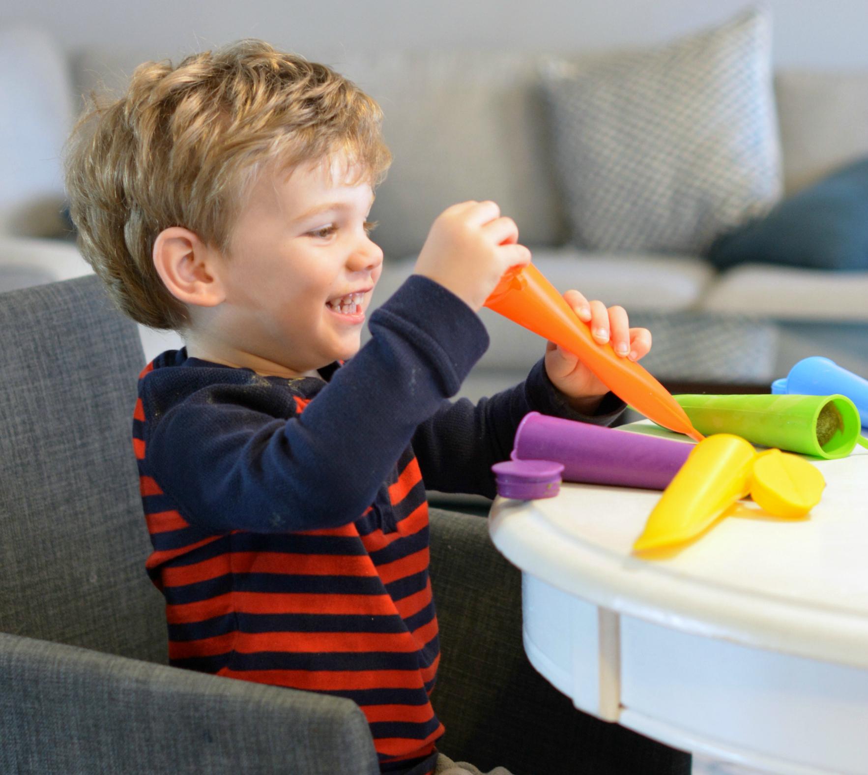 Easy Kid-Friendly Recipe- Green Smoothie Freezies