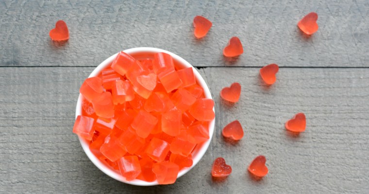 Spicy Cinnamon Heart Gummy Candy: A Healthy Alternative to Halloween Treats