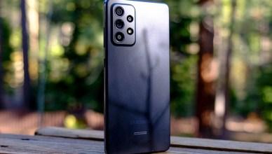 超值5G中階手機不到一萬五!報稅季省很大,Samsung Galaxy A52與同價位機款比較