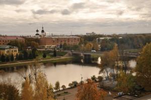 Вид на город и реку