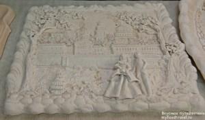 Выставочный зал с коллекционной керамикой
