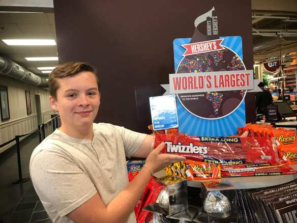 world's largest candy
