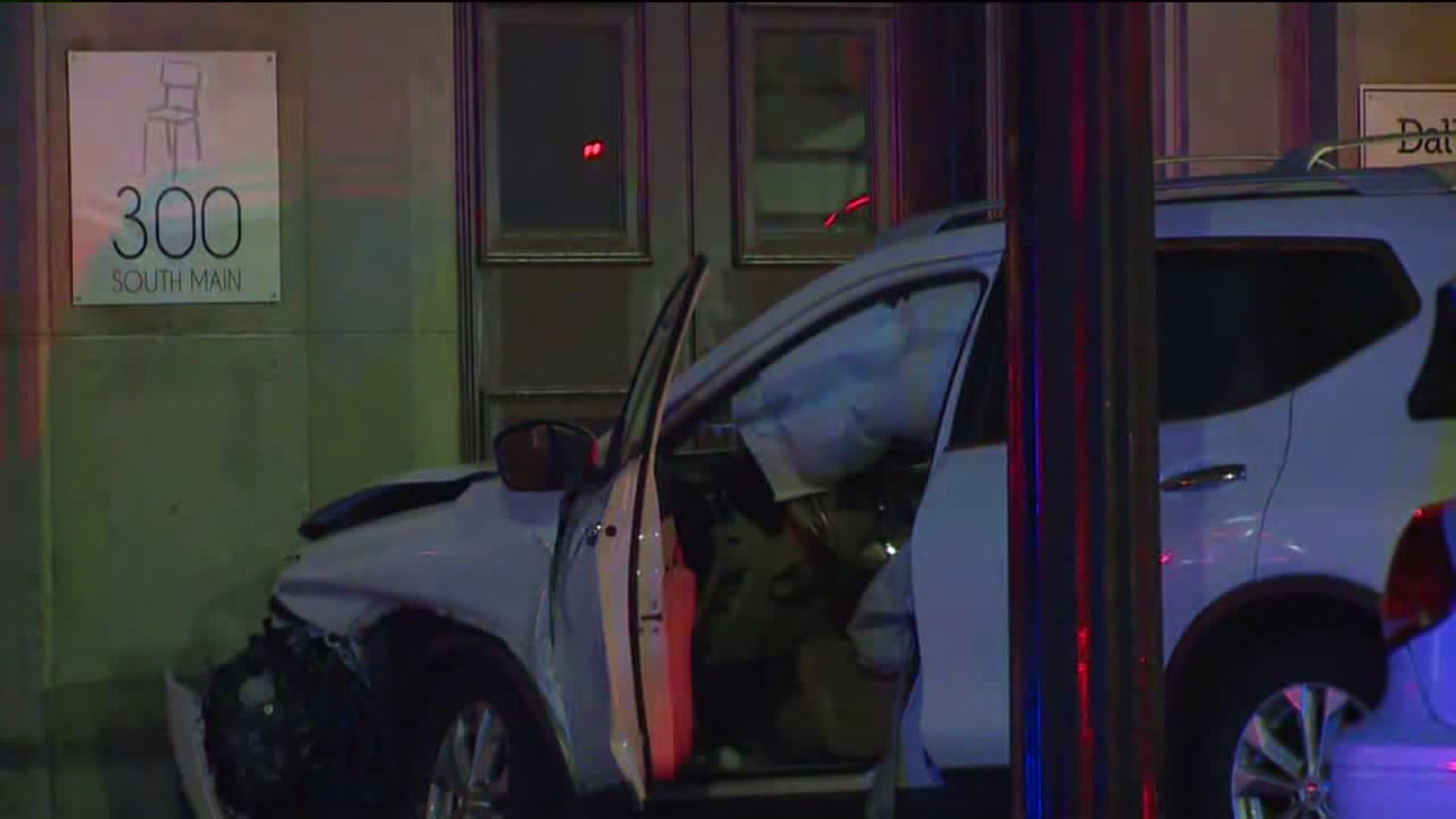 Vehicle crashes into building in High Point