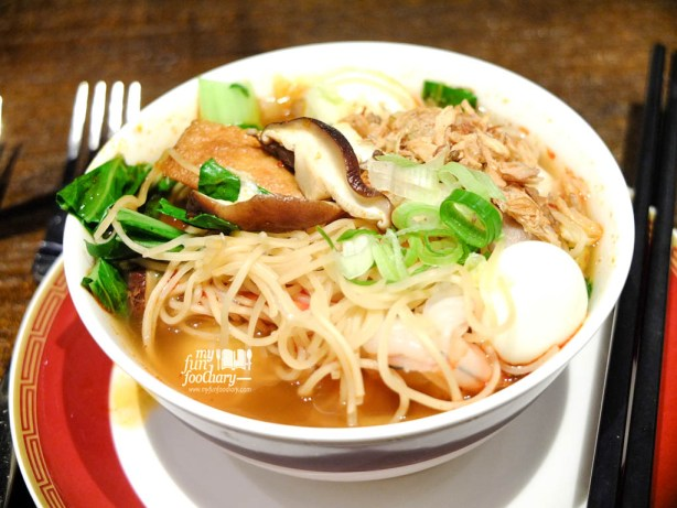 Tom Yum Noodle
