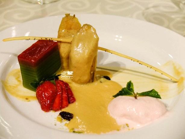 3 in 1 Dessert : Kolak Pisang, Es Puter & Kue Lapis Saus Gula Merah with Liquer