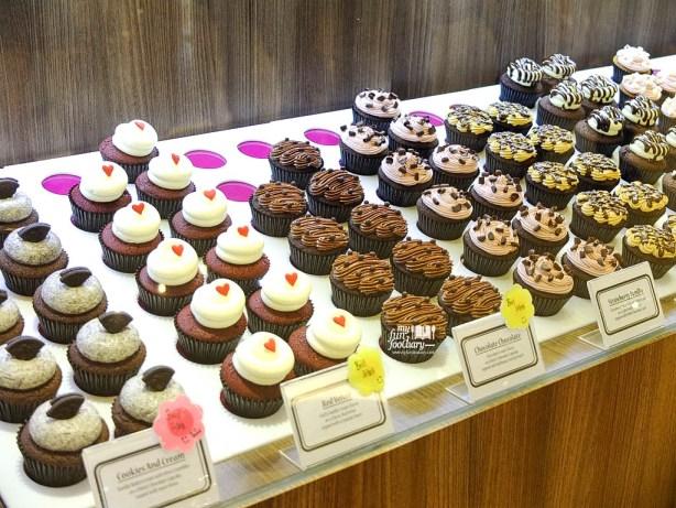 Etalase Twelve Cupcakes