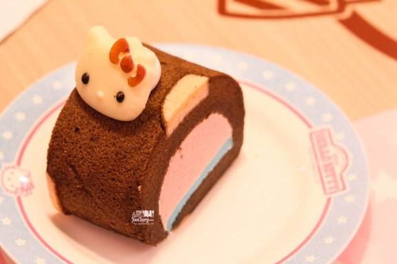 Cocoa Cake Roll