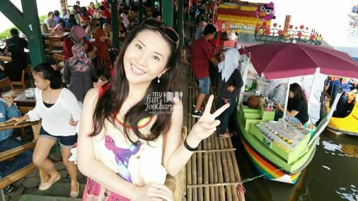Surga Makanan di Floating Market Lembang