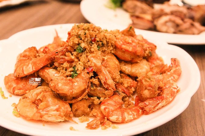 Sauteed Sea Prawns with Garlic