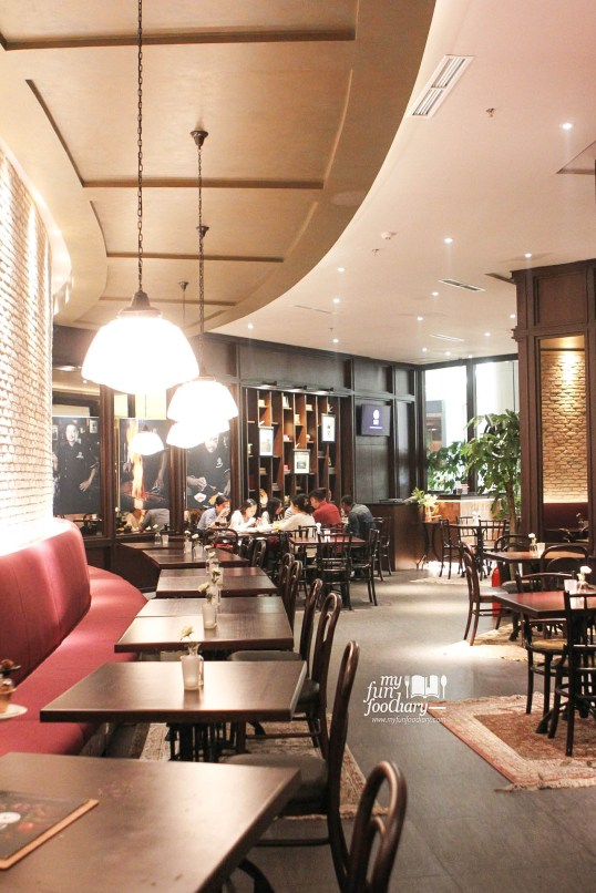 Ambience Marco Padang Grill Lotte Shopping Avenue by Myfunfoodiary 03
