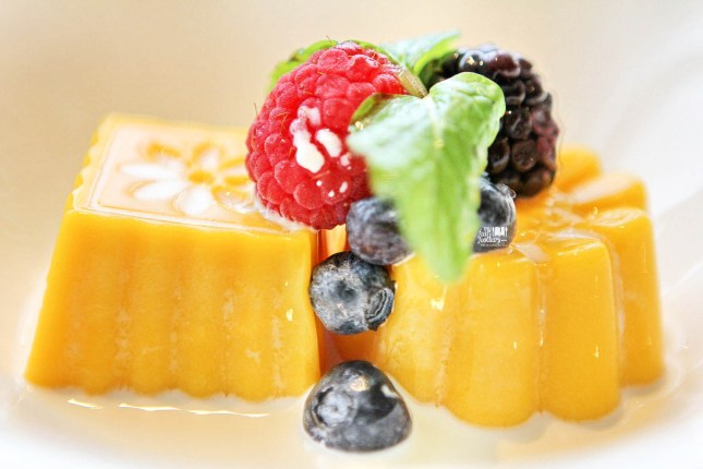 Chilled Mango Pudding with Seasonal Fruits at MAD Jakarta by Myfunfoodiary 02