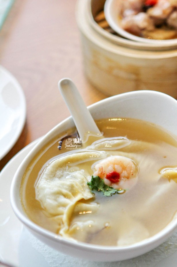 Double Boiled Crab Dumpling in Superior Soup at MAD Jakarta by Myfunfoodiary 01