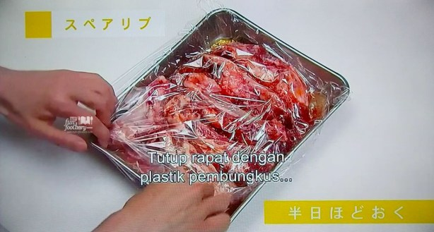 Tutup Rapat Iga dengan plastik Pembungkus Ribs Basic of The Dishes WakuWakuJapan part 03