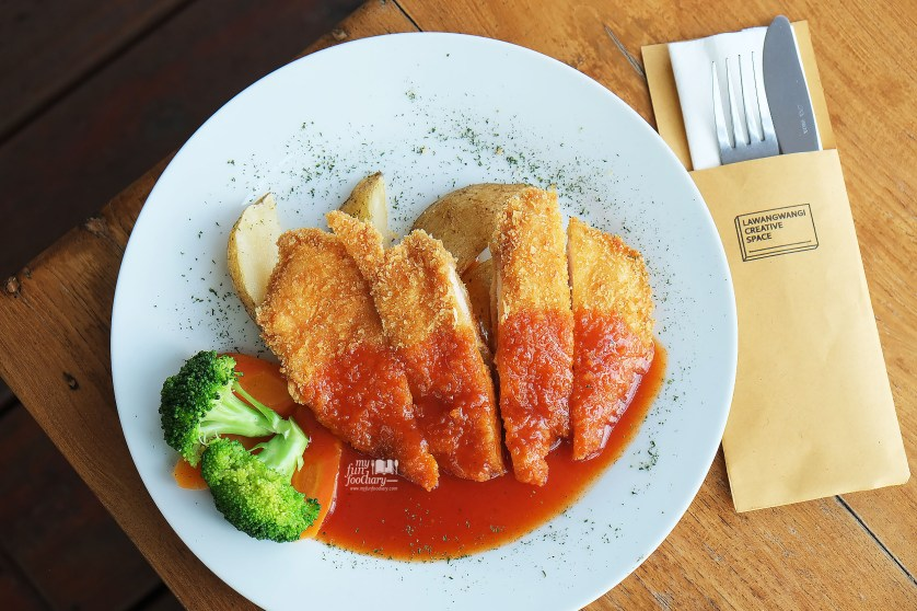 Chicken Schnitzel at Lawang Wangi Art Space Bandung by Myfunfoodiary