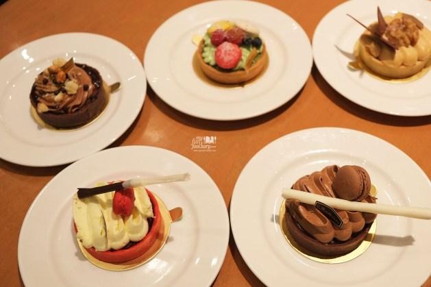 Summer Fun Desserts Trownies at Bakerzin by Myfunfoodiary