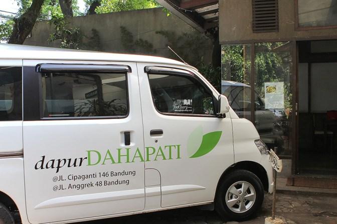 Mobil Dapur Dahapati Bandung by Myfunfoodiary