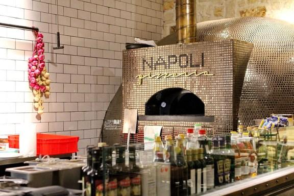 Napoli Pizza at AW Kitchen by Akira Watanabe - by Myfunfoodiary copy