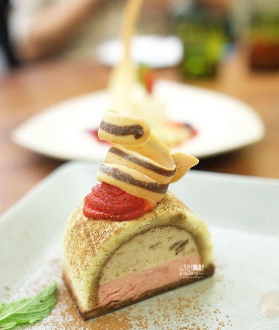 Banana and Strawberry Tiramisu at AW Kitchen by Akira Watanabe - by Myfunfoodiary 02a copy