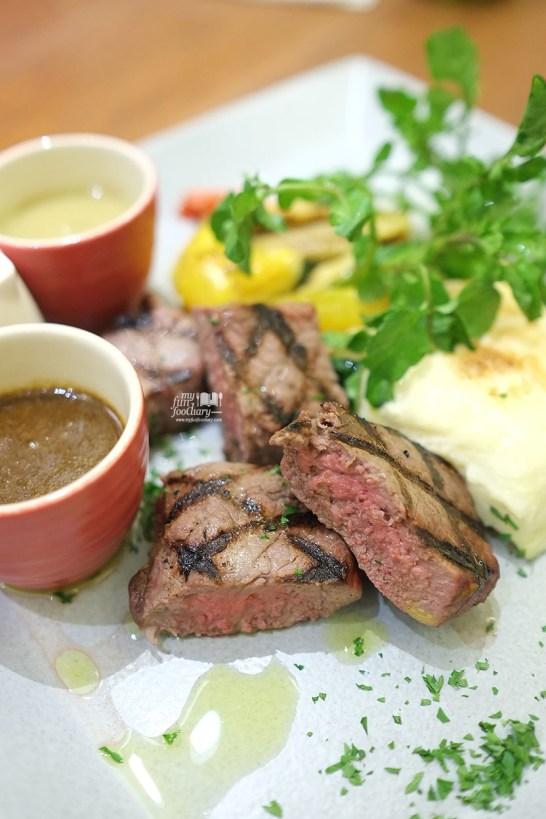 Black Angus Sirloin Beef at  AW Kitchen by Akira Watanabe - by Myfunfoodiary