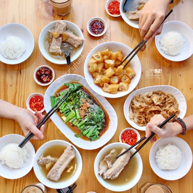Enjoying Best Pork Ribs Soup at Song Fa Bak Kut Teh Jakarta by Myfunfoodiary