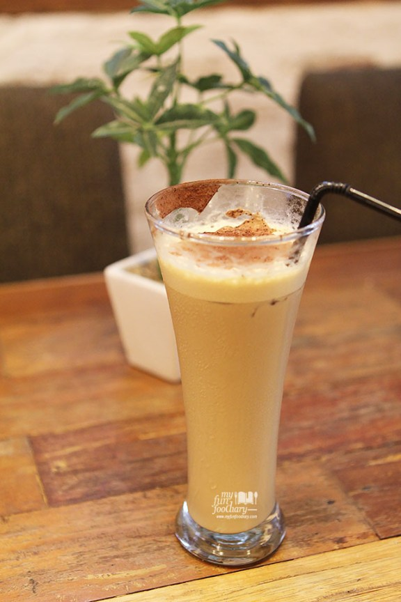 Ice Latte Baileys at Noahs Barn Bandung by Myfunfoodiary