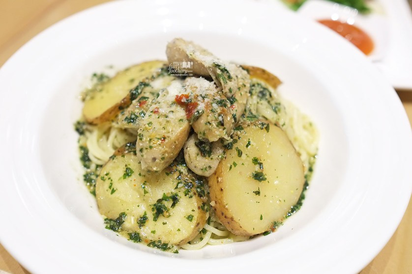 Peperoncino Basil with Potato and Chicken Sausage at Popolamama Indonesia by Myfunfoodiary