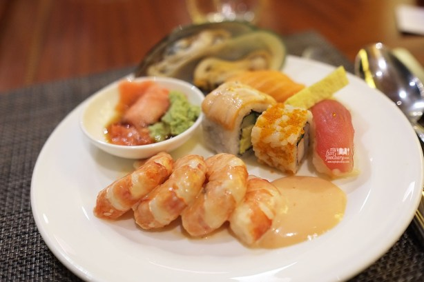 Shrimps Salad and Sushi at Sailendra Restaurant JW Marriott Jakarta by Myfunfoodiary