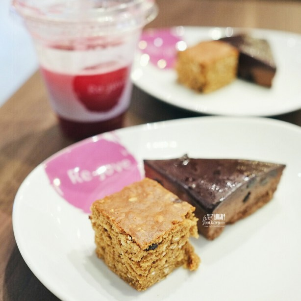 Banana Oatmeal and Dark Chocolate at Rejuve Kota Kasablanka by Myfunfoodiary