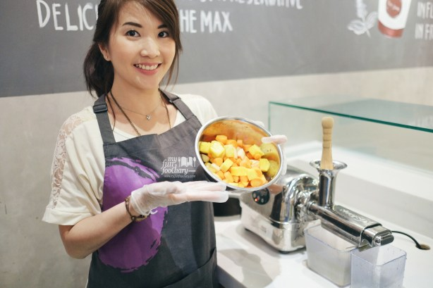 Self Making Cold-Pressed Juice at Rejuve Kota Kasablanka by Myfunfoodiary