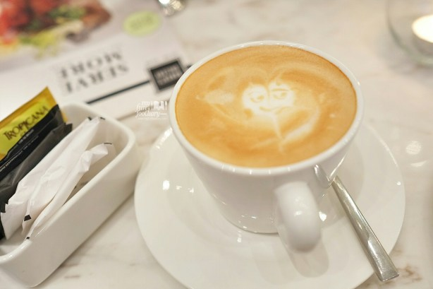 Cafe Latte at Baker's Gallery KoKas by Myfunfoodiary 02