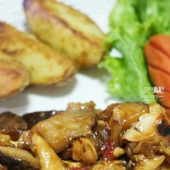 [RECIPE] Chicken Mushroom in Plum Sauce and Potato Wedges