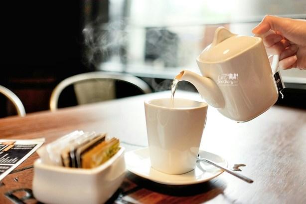 Earl Grey Hot Tea at Brewerkz Jakarta by Myfunfoodiary