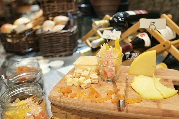 Various Cheese at Seasons Cafe by Myfunfoodiary