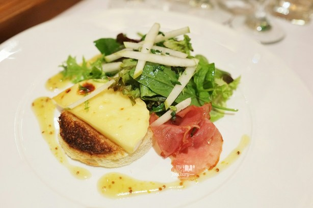Warm Camembert Salad at Cacaote Senopati by Myfunfoodiary