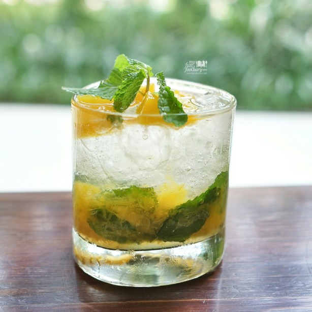 Peach Flavor Virgin Mojito at Hogs Breath Cafe by Myfunfoodiary