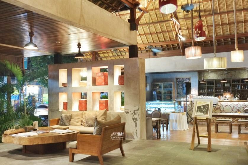 Lobby Area next to Petani Restaurant at Alaya Resort Ubud by Myfunfoodiary