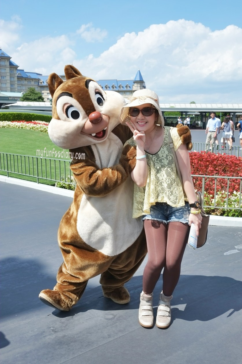 Me and Dale Chipmunk at Tokyo Disneyland by Myfunfoodiary