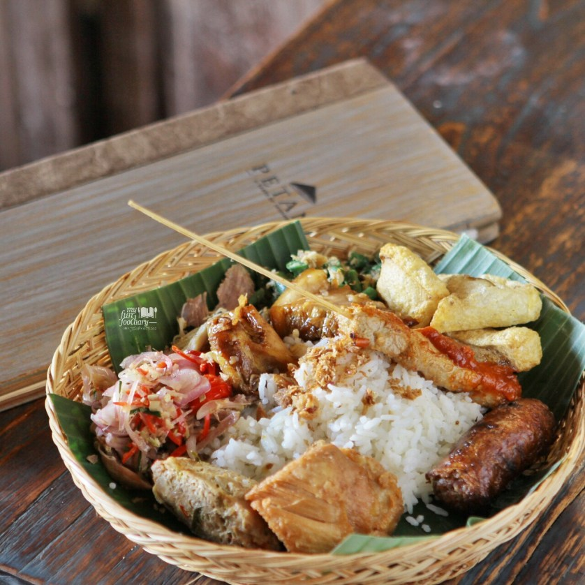 Nasi Campur Babi at Petani Restaurant by Myfunfoodiary