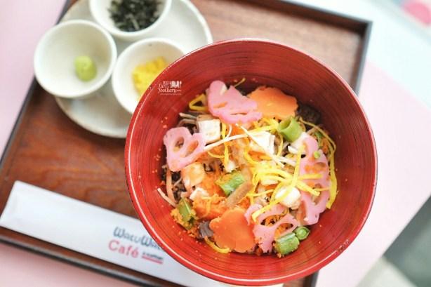 Chirashi Sushi at Wakuwaku Cafe Japan by Myfunfoodiary