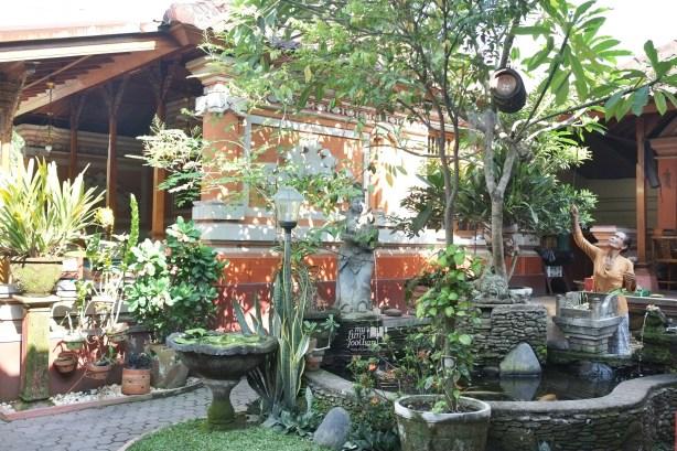 Inside Warung Teges Ubud Bali by Myfunfoodiary