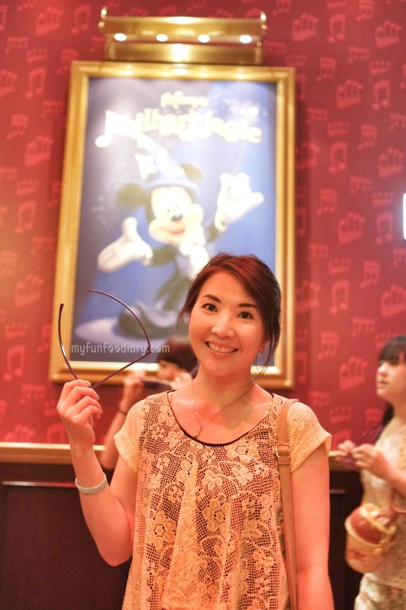 Mickeys Philarmagic at Tokyo Disneyland by Myfunfoodiary