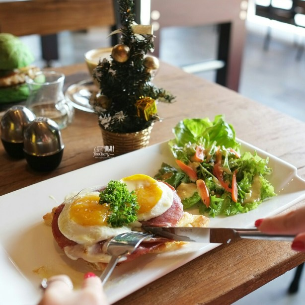 Monokrom Croque Madame at Monokrom Bali by Myfunfoodiary 01