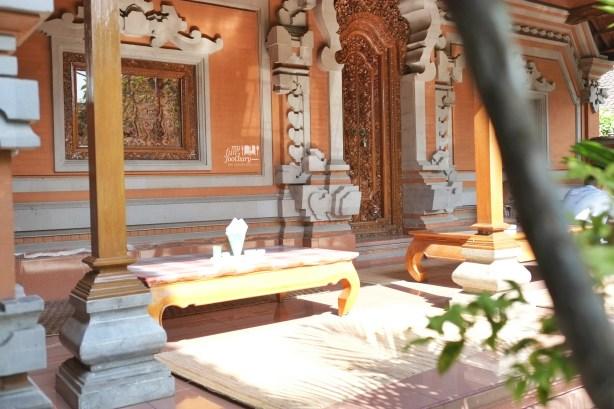 Suasana Warung Teges Ubud Bali by Myfunfoodiary 01
