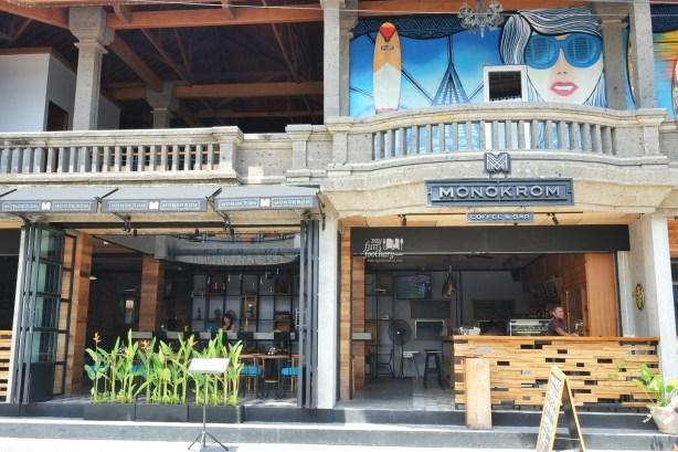 Tampak Luar Monokrom Bali by Myfunfoodiary