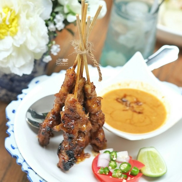 Chicken Satay at Blue Jasmine Restaurant by Myfunfoodiary 01