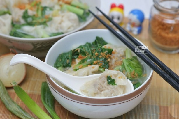 My Special Pork Shrimp Wonton Soup by Mullie Myfunfoodiary 01