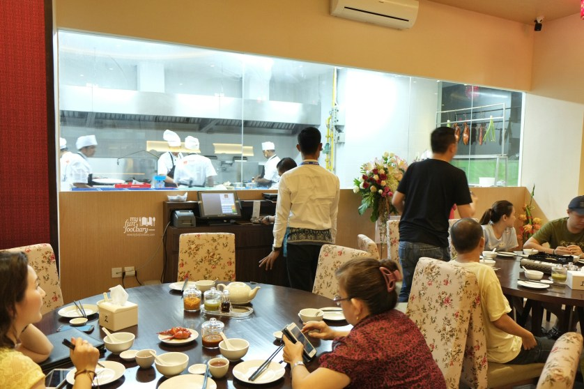Ambiance Babura Dimsum Restaurant PIK by Myfunfoodiary 01