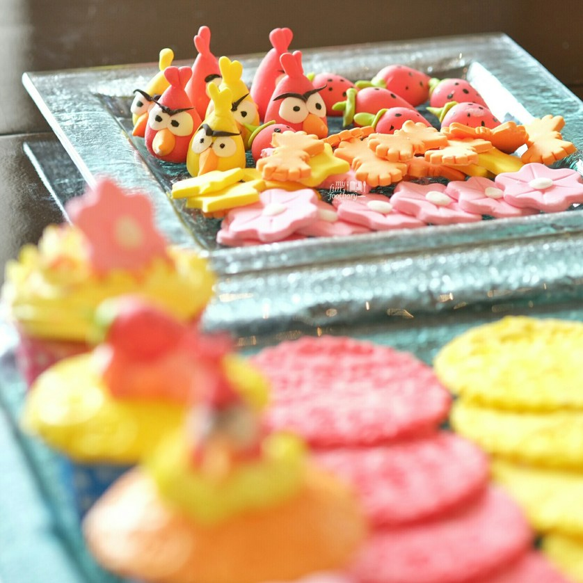 Cupcakes Decoration at Rosso Shangrila Jakarta by Myfunfoodiary 01